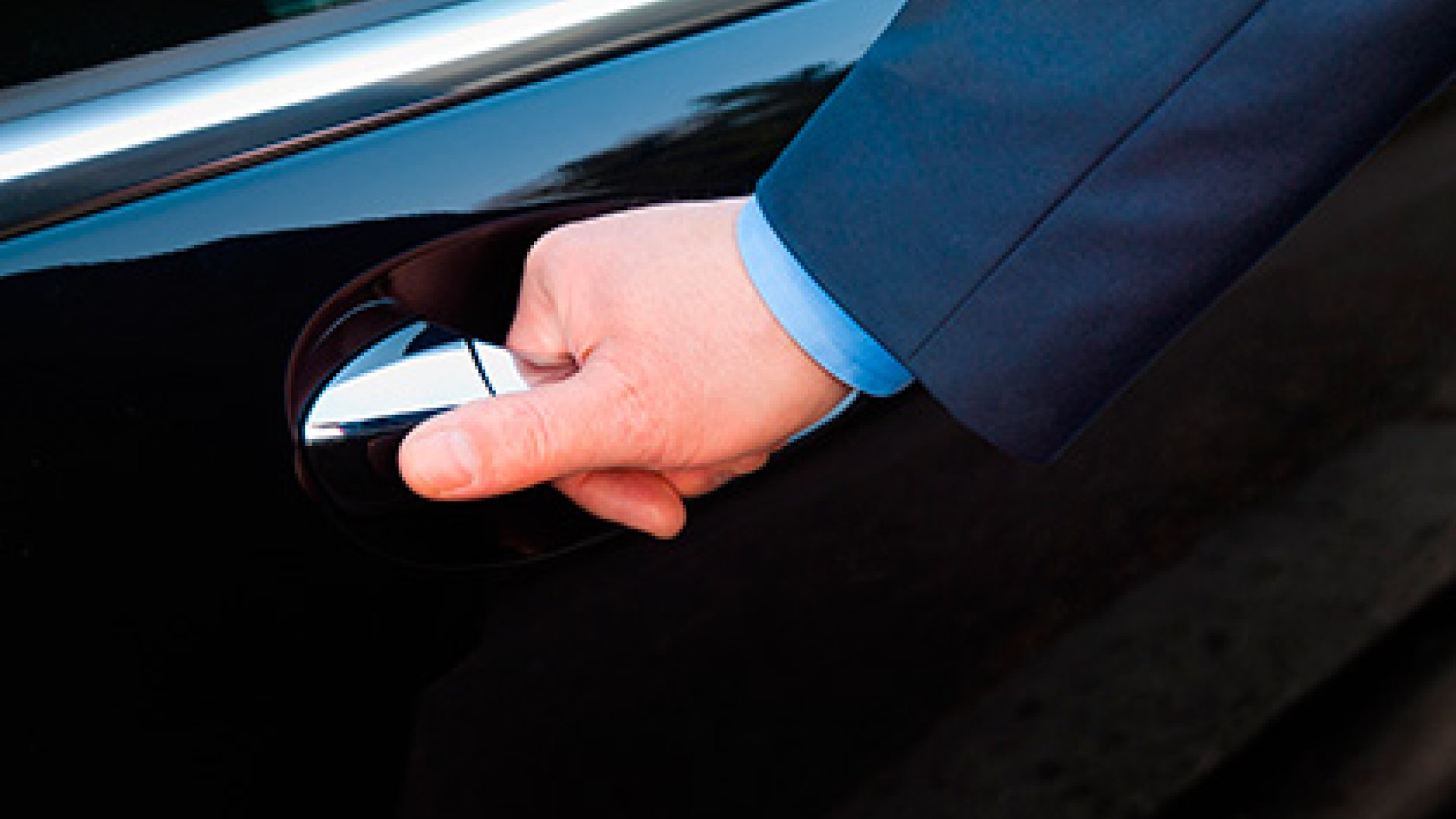 AIRPORT TRANSFERS-PRIVATE TAXIS