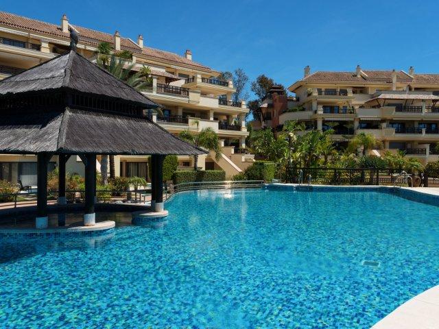 Laguna de Banus-Puerto Banus 3 bed apartment for rent