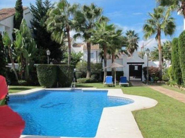 Los Naranjos de Marbella Villa 3 dormitorios, 8 personas.