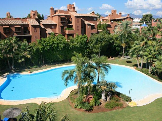 Alhambra del Golf - Guadalmina Baja - Ático Duplex 4 Dormitorios - Alquiler vacacional