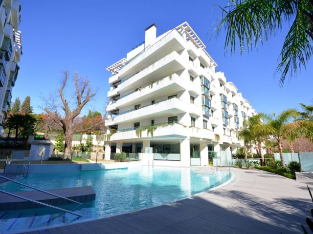 Marbella Golden Mile, 3 bedrooms apartment at Jardines del Principe