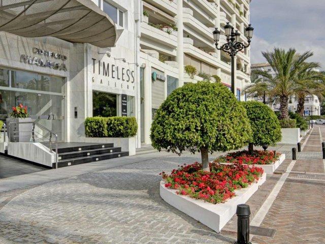 Playas del Duque Edif.Malaga Apartamento 3 dormitorios Alquiler Larga Temporada