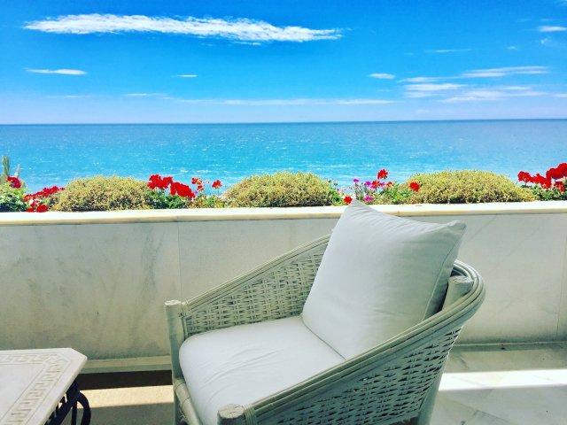 Marina Mariola Marbella, 2 bedrooms Apartment facing South, full sea views.