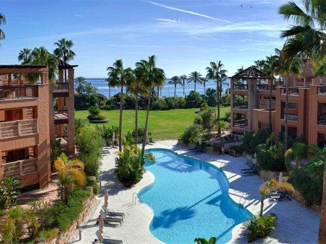 Casablanca Beach, San Pedro Alcantara. Appartement 3 Chambres.