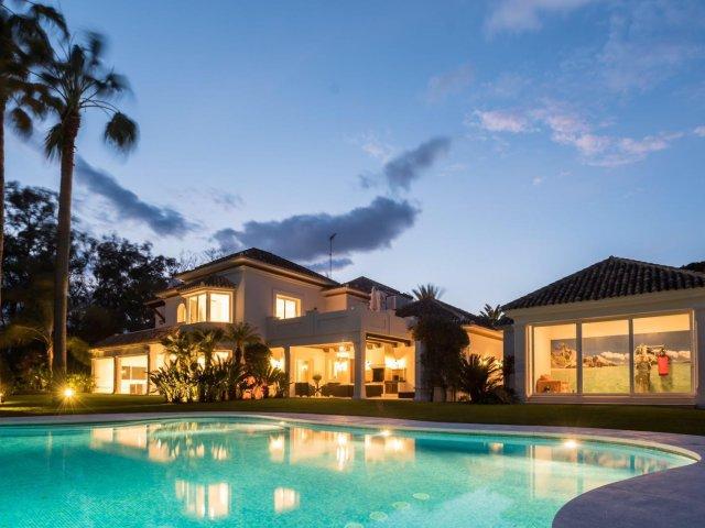 Guadalmina Baja - Spektakulær Luxury Villa 6 soverom