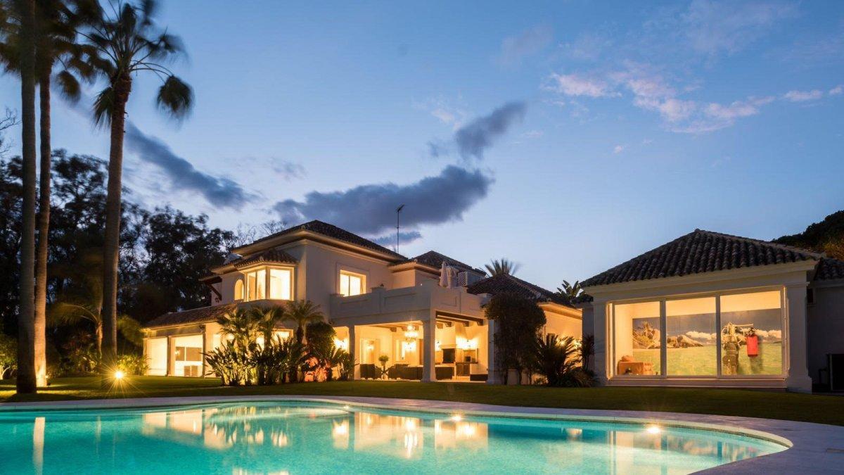 Guadalmina Baja - Espectacular Villa de Lujo 6 Dormitorios