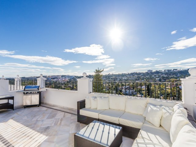 Aloha Gardens - Nueva Andalucia, 3 Bedrooms Duplex Penthouse