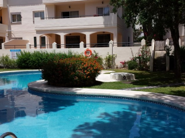 Urb. Cabopino 3 bedrooms apartment