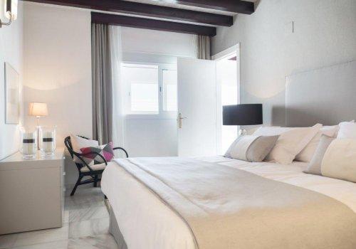 Marina Mariola Marbella Ático 3 dormitorios Gran Lujo c/ Piscina Privada Pth15
