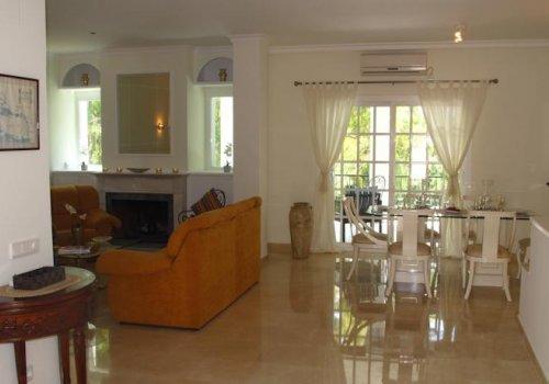 Aloha Golf Nueva Andalucía Villa 4 Dormitorios, 10 personas.
