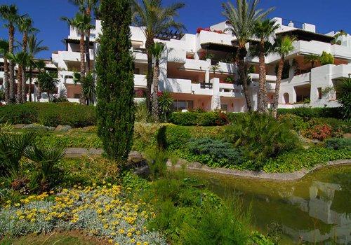 Urb. Puente Romano Marbella, apartamento 4 dormitorios.