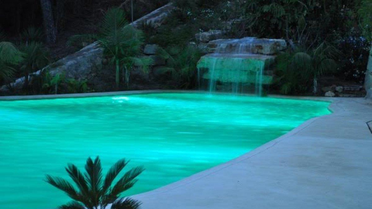 Bedövning spansk stil 5 sovrum Villa i Rio Real - Los Monteros ...