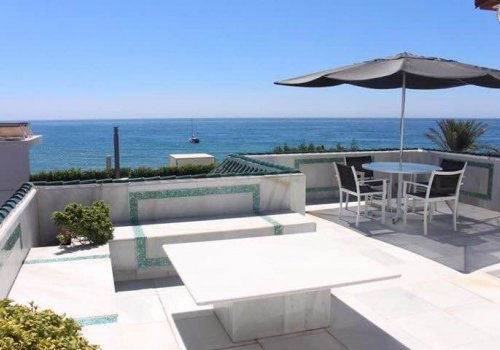 Villa 4 Dormitorios junto a  Hotel Puente Romano 5*****