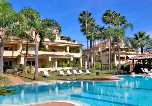 Las Alamandas - Nva Andalucia. Apartamento 3 Dormitorios