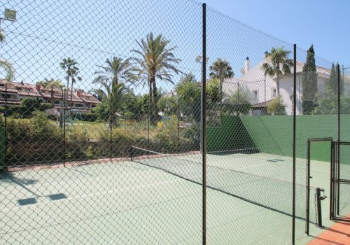 Jardines de Doña María, Adosada con Jardín 3 Dormitorios