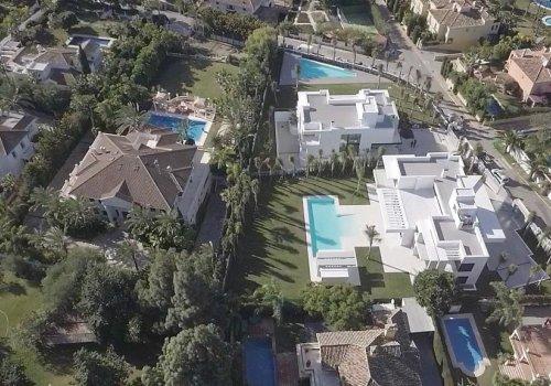 Villa 100A Guadalmina Baja Terreno 2.100 m2