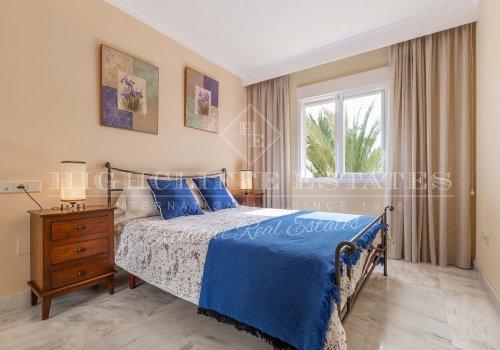 Dama de Noche, Puerto Banus, Apartamento 3 Dormitorios en Venta.
