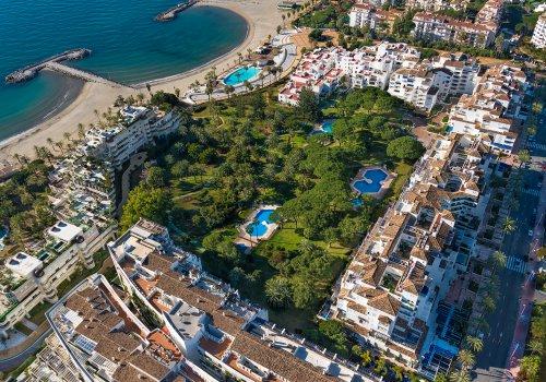 Playas del Duque - Cadiz, 2 Bedrooms Apartment for Rent.