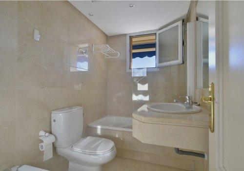 Marina Banus Penthouse Suite
